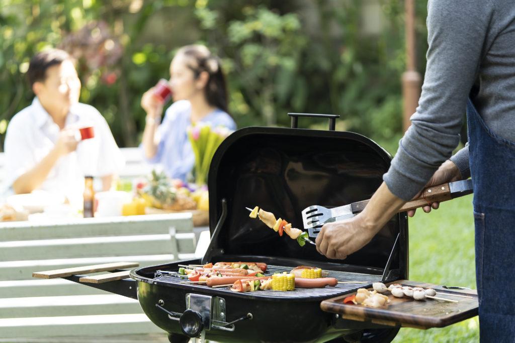 「焼酎&泡盛スタイル」キャンプ・バーベキュー好きな焼酎スタイリストyukikoさんがで伝授!BBQにおすすめ!ピーマンの美味しい食べかた